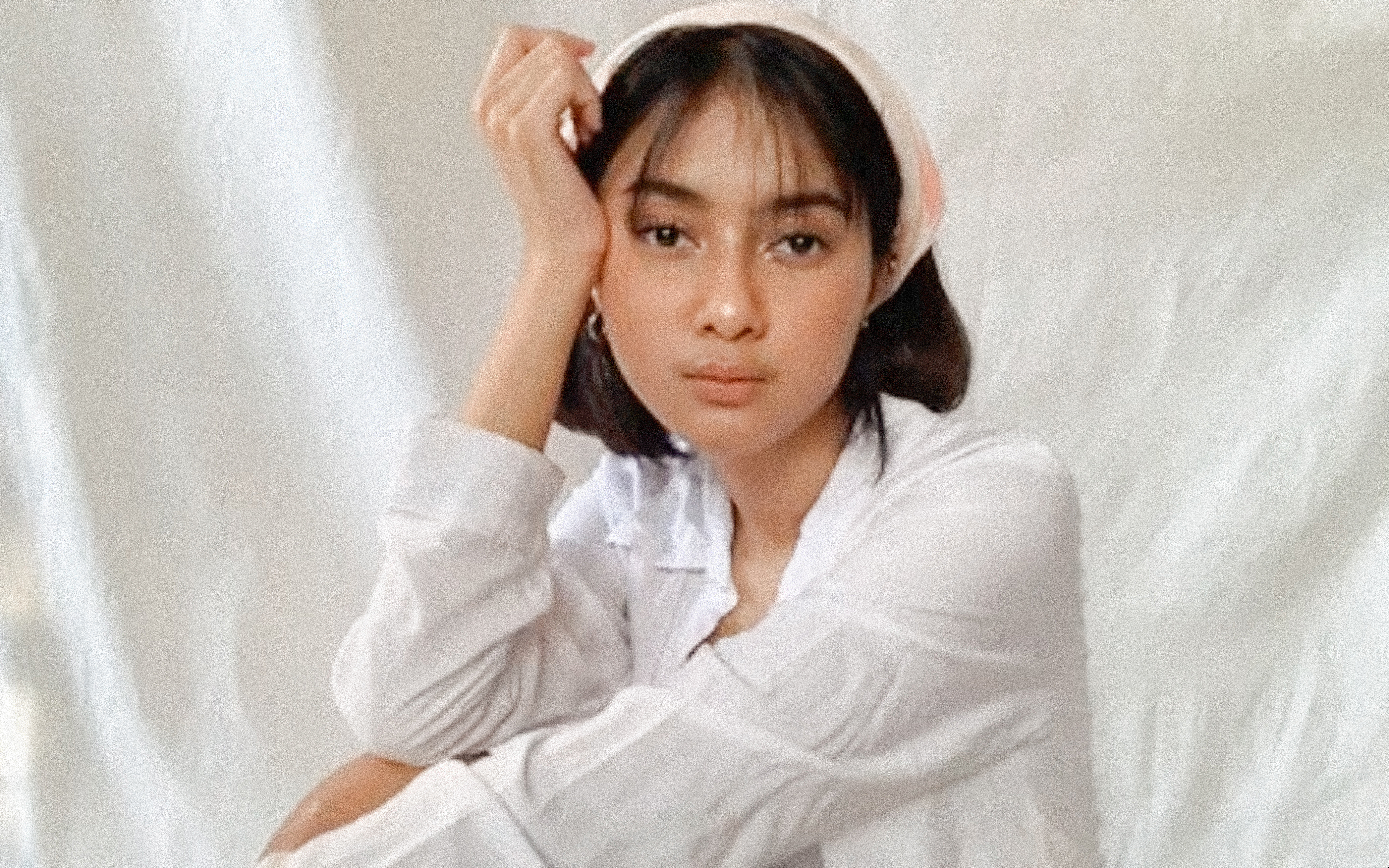 """Rahmania Astrini enters foreign shores with new single """"Runaway"""""""
