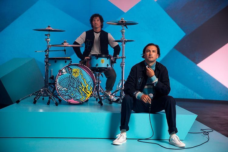 """Twenty One Pilots Returns With New Album """"Scaled And Icy"""""""