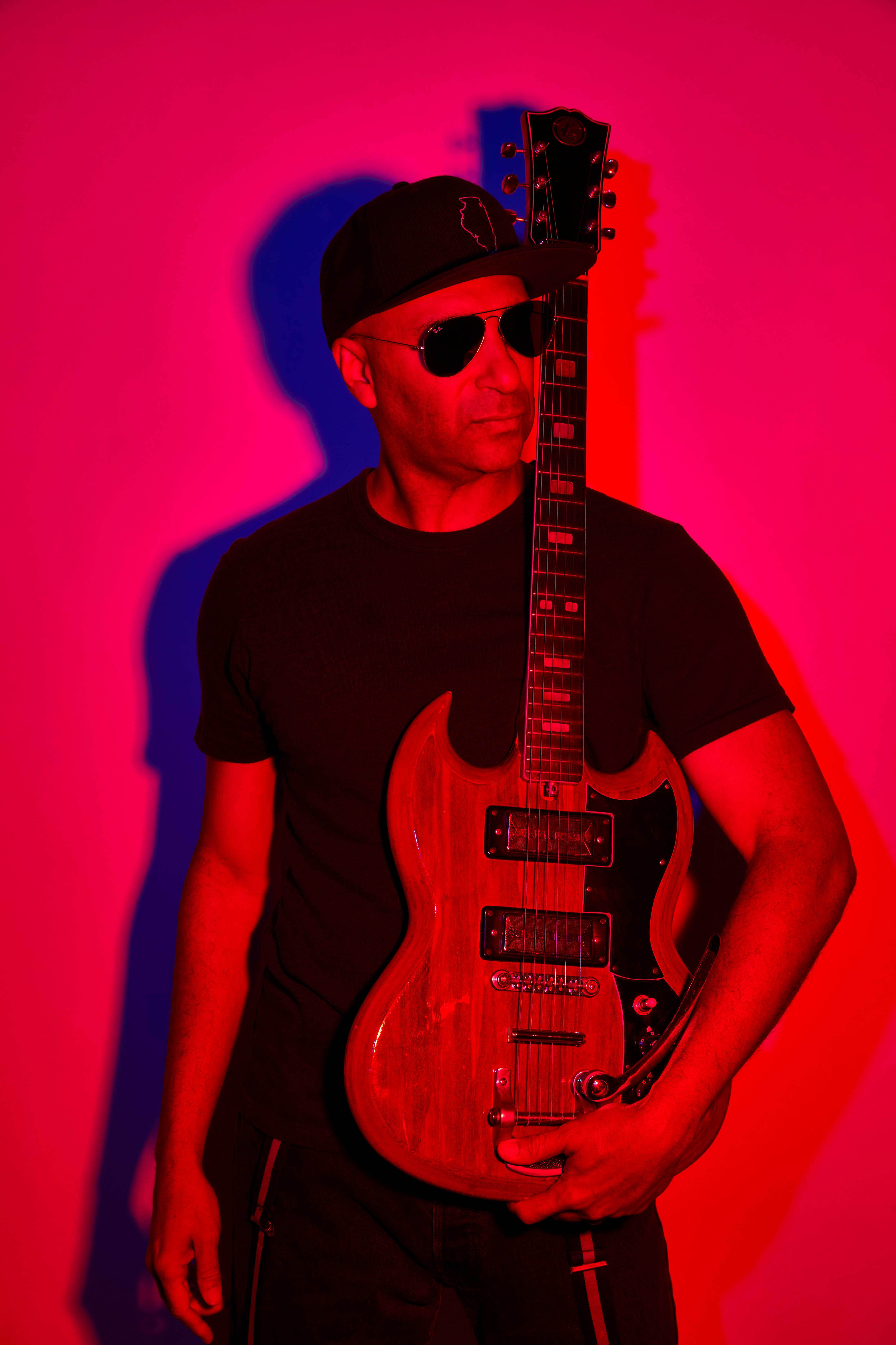 "Tom Morello Announces New Album ""The Atlas Underground Fire"" October 15, 2021"