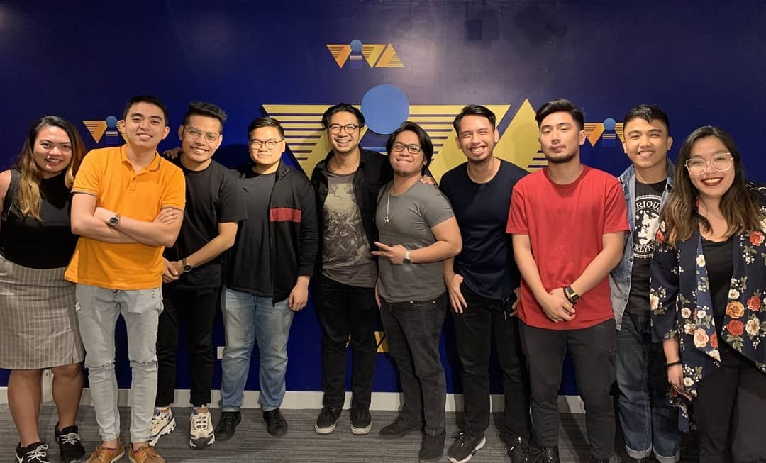 FourPlay Signs With Viva Records!