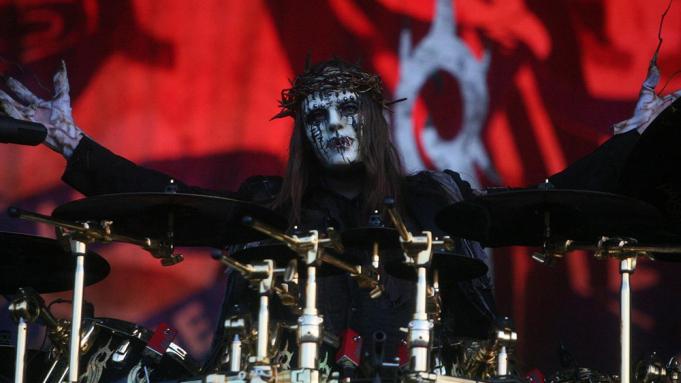 Founding Slipknot Member, Joey Jordison, Dies At 46
