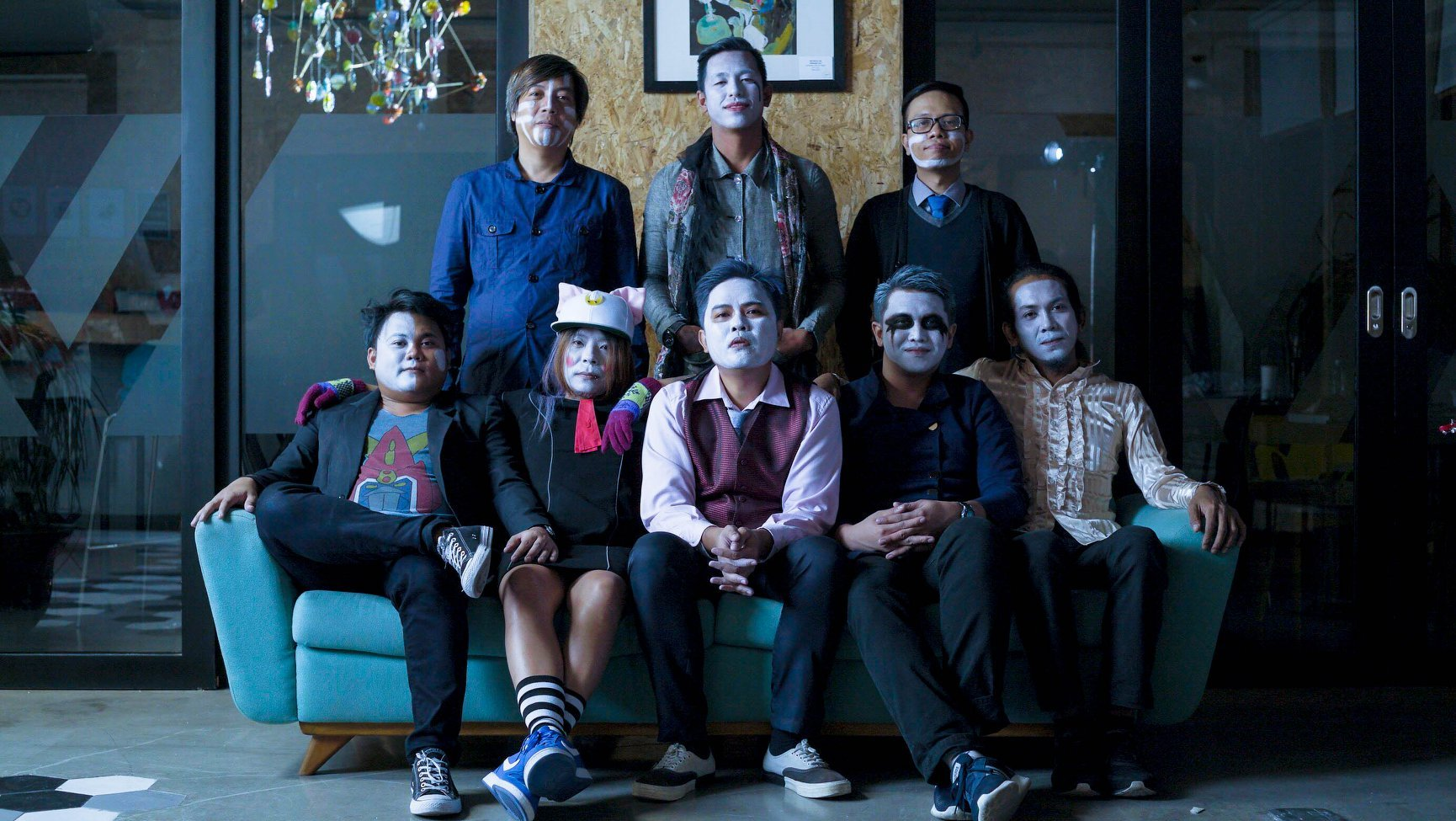 "New Official Music Video Of ""Iglap"" By Tanya Markova"