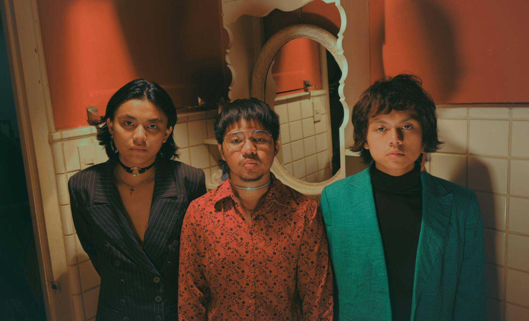 """""""In My Prison"""" New Official Music Video By IV Of Spades"""